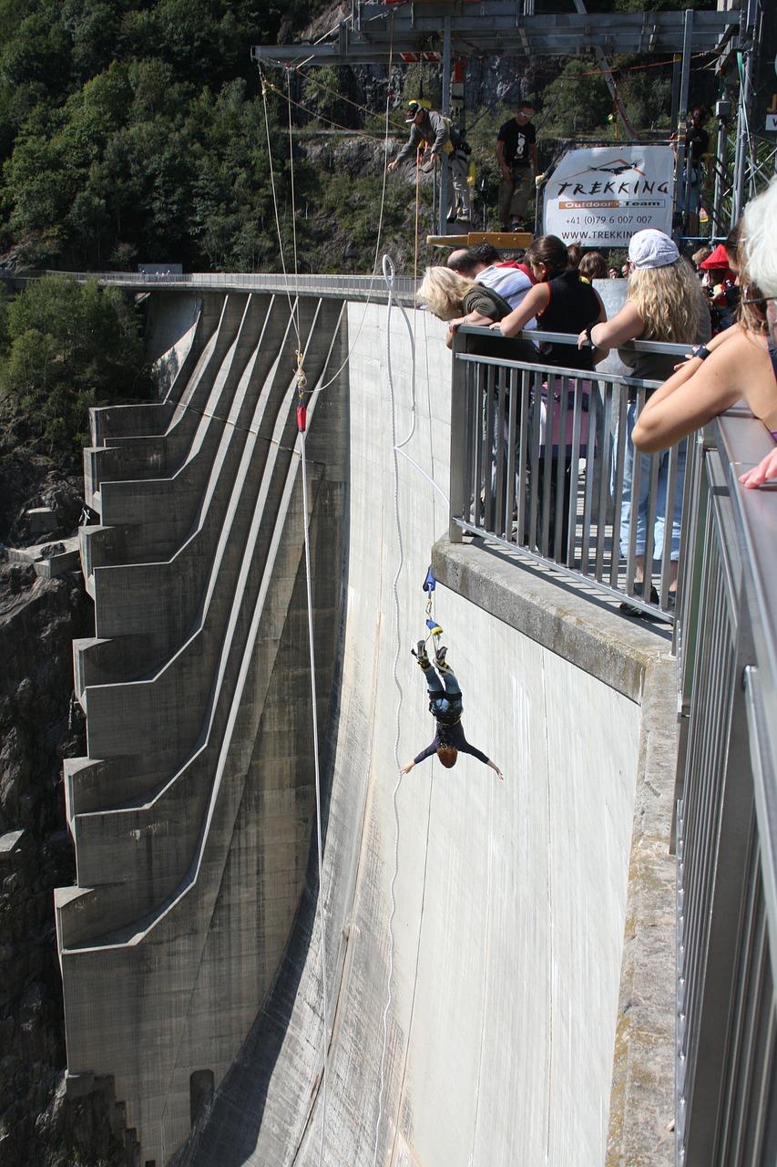 bungee-jumping-364620_1280