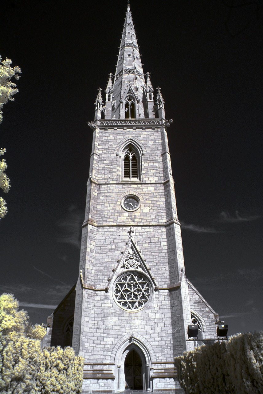 cathedral-372669_1280