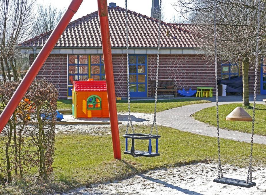 kindergarten-1322559_1280.jpg