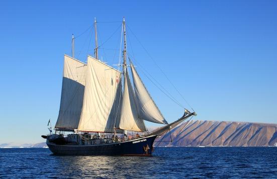 sailboat-459794_1280