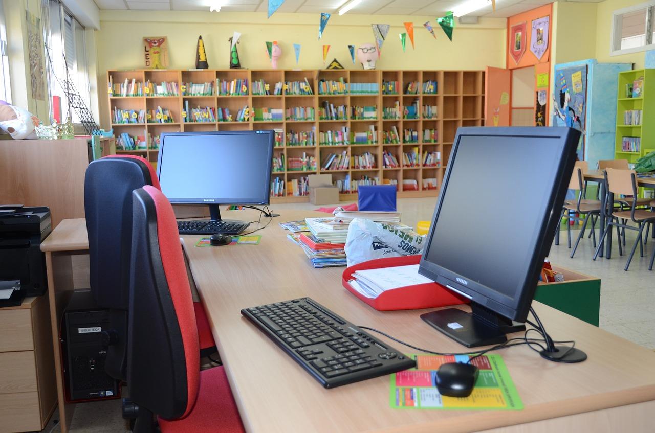school-732407_1280
