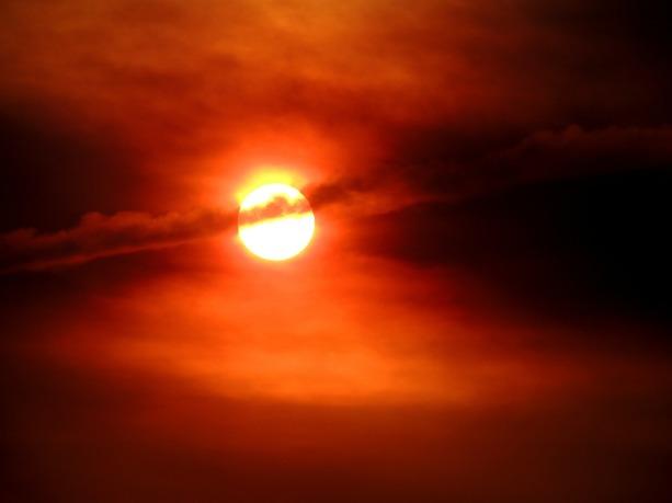 sol-385981_1280