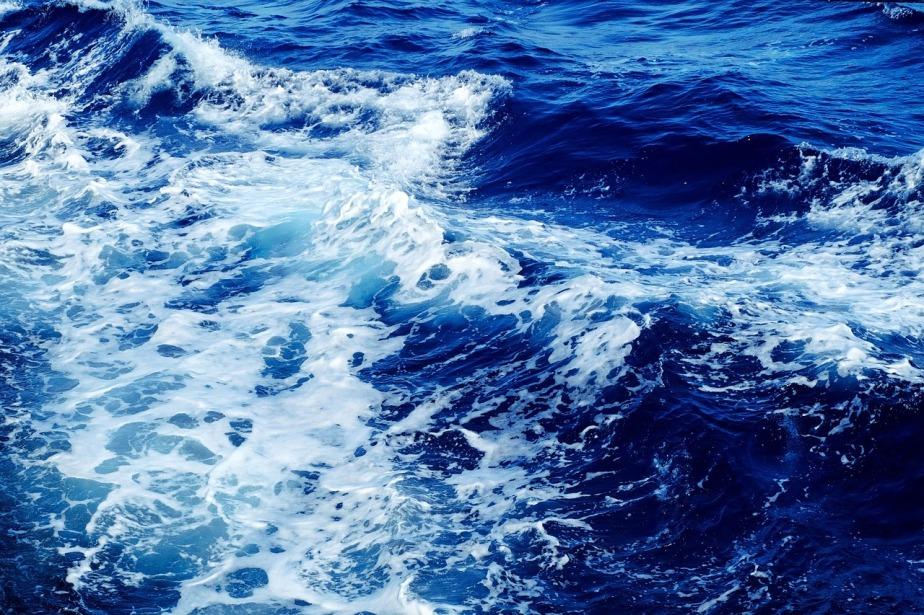 wave-1215449_1280